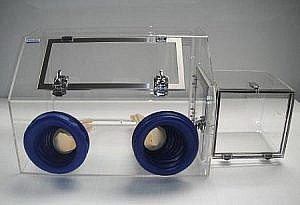 Mini Glove Box with Airlock