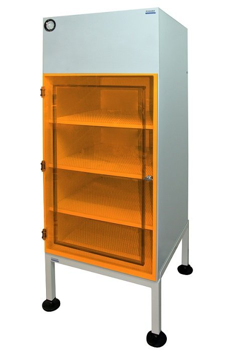 Laminar Flow Cabinet ~ Laminar airflow cabinet with amber acrylic door feet