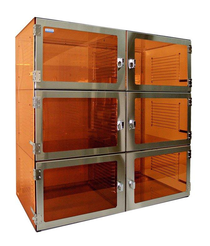 Desiccator Cabinet Amber